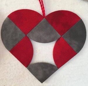 Dubbelt hjärta till fönster eller gran.