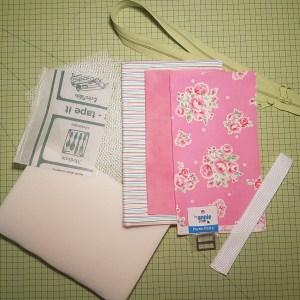Tyg- och Materialpaket till Stash & Dash, rosa med randiga kanter